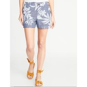 Floral mid rise linen blend everyday shorts